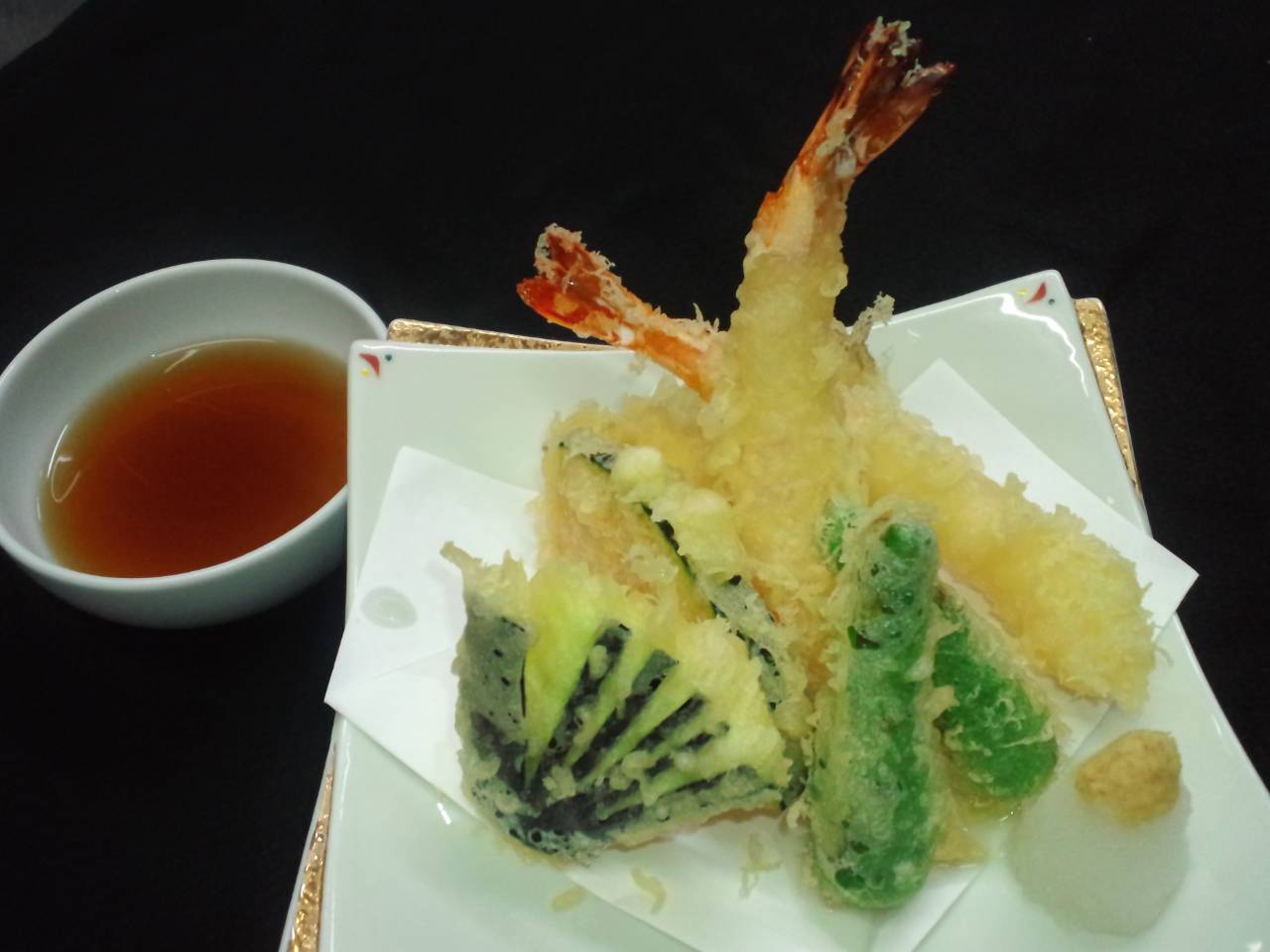 すし屋ですが、天ぷらも美味い!?
